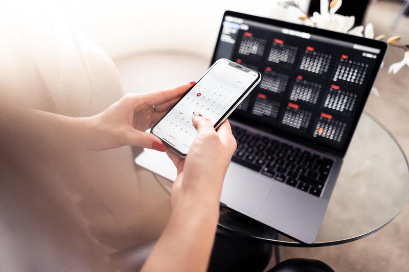 Kontrolowanie i planowanie budżetu domowego przy pomocy programu kompruterowego.
